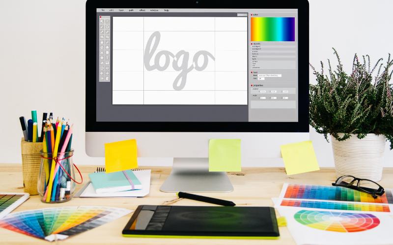 Gadżety reklamowe z logo - projektowanie.